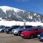 スキー場での車中泊! 快適に過ごす対策とは?